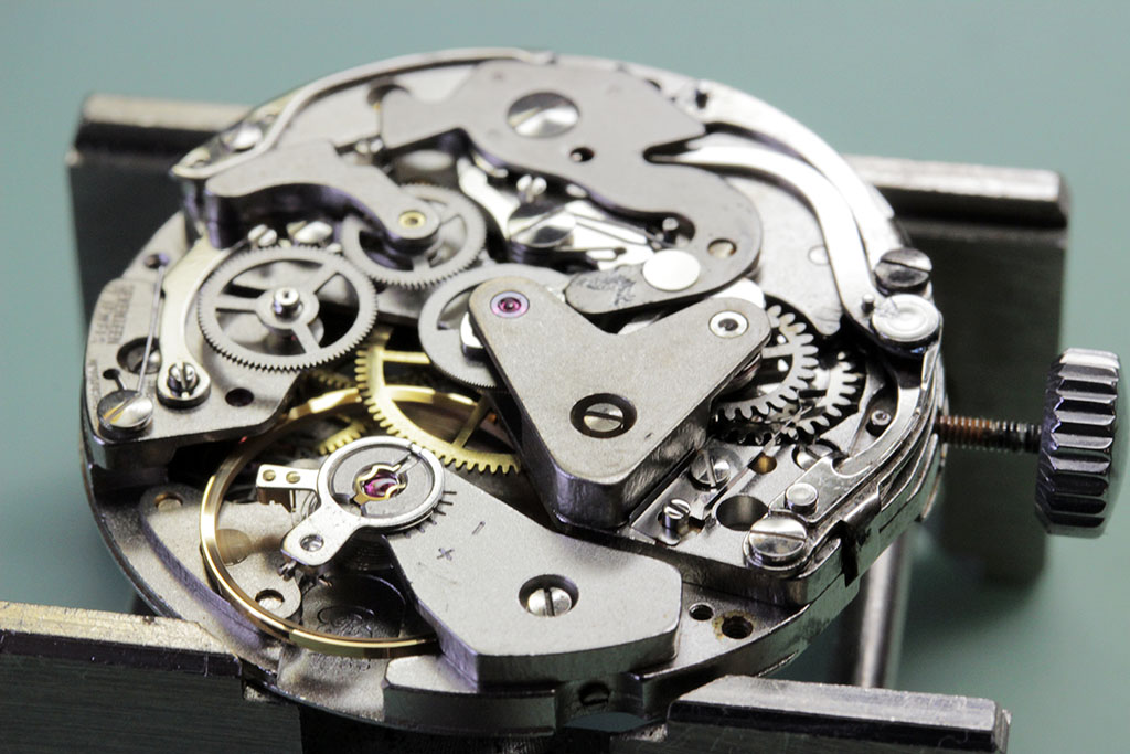 Watch is re-assembled and running